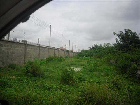 Land at Monastery road that the Sellers claimed to belong to an Individual but upon a proper land search, we discovered that the land belongs to a company totally different from what the seller intended to transfer to the new buyer. Please Shine your eyes when you want to buy a land at Ajah o more especially along that Monastery road!