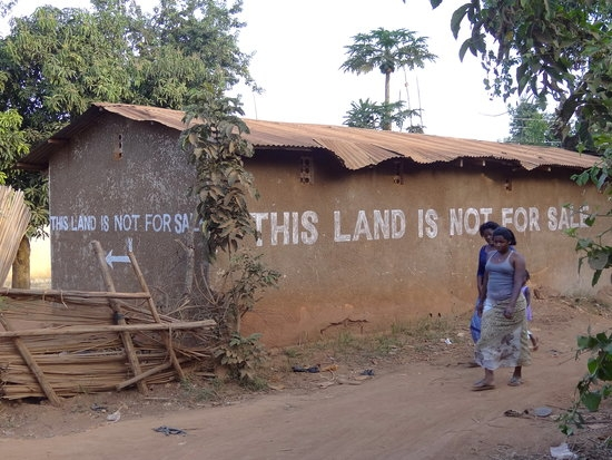 If the land you intend to buy remotely makes you uncomfortable, avoid buying that land. God did not destine that land for you. You might be courting future wahala on that land and i don't know if you have the stomach or funds to settle it. 419 Land fraudsters are everywhere oooo!!!